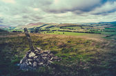 Retro Hilltop Cairn Scotland Landscape — Stock Photo