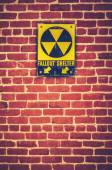 Nuclear Fallout Shelter Sign — Stock Photo