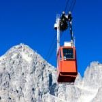 Cable car to Lomnicky Peak, Vysoke Tatry (High Tatras), Slovakia — Stock Photo #57914455