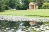 Pavilhão do lago ocidental, stowe, buckinghamshire, inglaterra — Foto Stock