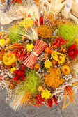 Dried bouquets, market in Nyons — Stock Photo