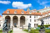 Ogród dobrze VALDSTEJNSKA i Zamku Praskiego, Praga, Republika Czeska — Zdjęcie stockowe