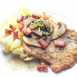 Fried pork fillet with ham, mushrooms and potatoes — 图库照片 #69705361