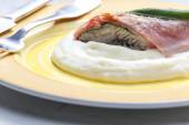 Fillet of trout with sage roasted in the Prague Ham — Stock Photo
