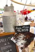 Bacon, market in Nyons, Rhone-Alpes, France — Stock Photo