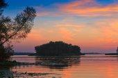 Evening scene on river — Stock Photo
