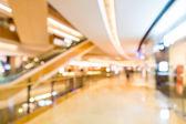 Niewyraźne shopping mall — Zdjęcie stockowe