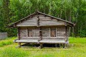 Wooden barn — Stock Photo