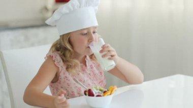 Little girl drinking milk — Stock Video