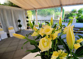 Flowers Decoration in a Wedding Reception — Stock Photo