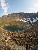 Lago in montagna — Foto Stock