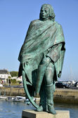 Statue of Pierre Bouguet at Le Croisic in France — Stock Photo