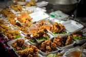 Fried chicken wings sold in the fresh market, Thailand Koh Samui — Stock Photo