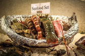 Delicious Set seafood on ice at restaurant in Thailand — ストック写真