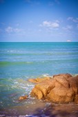 View of a rocky coast in the morning. Koh Samui — Stockfoto
