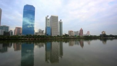 Bangkok city view. Public Garden. HD. 1920x1080 — Stockvideo