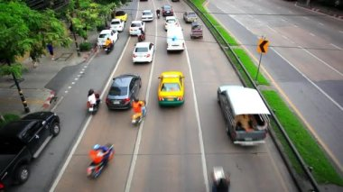 Circulation sur route à Bangkok, en Thaïlande. Hd 1920 x 1080 — Vidéo