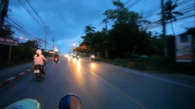 Thailand, 16 july 2014 Motion Thai night street on motobike. Video from Koh Samui — Vidéo