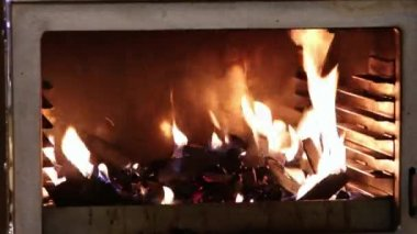 Fire brightly burning in the furnace, Chef light up fire more. — Stock Video
