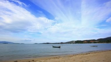 Koh Samui. Thailand. 17 july 2014. 4K Time lapse  with boats on the beach — Stock Video