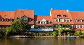 Riverbank houses — Foto de Stock