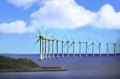 Větrné elektrárny při západu slunce — Stock fotografie