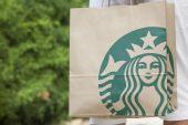 Starbucks bag — Stock Photo