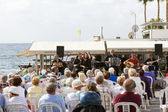 Live concert of traditional Cypriot music on the seafront — Stock Photo
