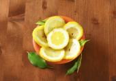 Fatias de limão fresco — Fotografia Stock