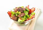 Chicken liver salad — Stock Photo
