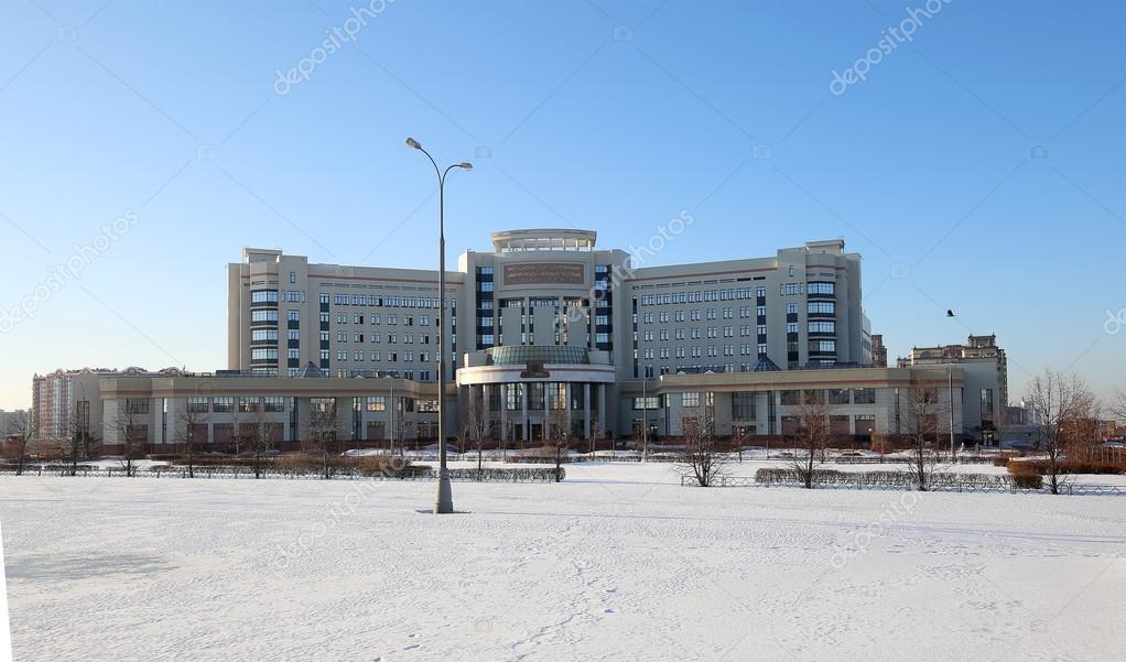 モスクワ大学 (ロシア語で記されて)、ロシア教育建物 \u2014 ストック