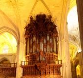 Wnętrze katedry w Sewilli - Katedra Najświętszej Maryi Panny na Zobacz, Andaluzja, Hiszpania — Zdjęcie stockowe