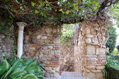 Alcazaba castle on Gibralfaro mountain. Malaga, Andalusia, Spain. The place is declared UNESCO World Heritage Site — Zdjęcie stockowe