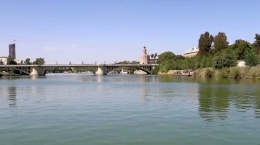 Torre del Oro or Golden Tower (13th century) over Guadalquivir river, Seville, Andalusia, southern Spain — Stock Video