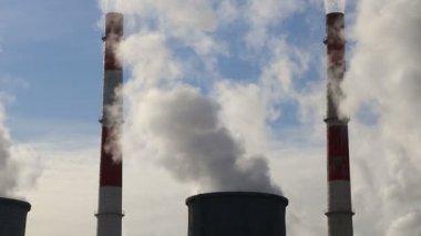 Smoke stacks at coal burning power plant — Stock Video