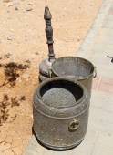 Arabic (Bedouin) coffee grinder Jordan, Middle East — 图库照片