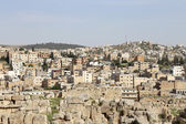 The Roman city of Gerasa and the modern Jerash (in the background), Jordan — Stock Photo