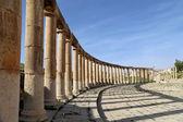 Forum (Oval Plaza)  in Gerasa (Jerash), Jordan — Fotografia Stock