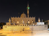 Abu Darweesh Mosque Amman (at night), Jordan. Was built in 1961 by the Circassian community which came to settle in Amman — Stock Photo