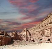 Petra, Jordan-- it is a symbol of Jordan, as well as Jordan's most-visited tourist attraction. — Stock Photo
