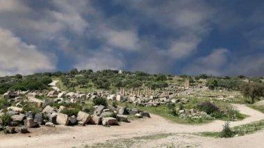 Roman ruins at Umm Qais (Umm Qays), Jordan, Middle East — Stock Video