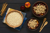 Raw Rolled Oats with Fruit Crumbles — Stock Photo