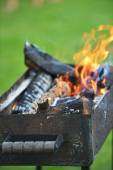 Burning down fire — Stock Photo