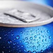 Våt aluminium kan — Stockfoto