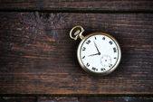 Gammal klassisk klocka — Stockfoto