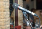 Vocal microphone indoor side view — Stock Photo