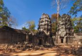 SIEM REAP, CAMBODIA. December 16, 2011.Ta Prohm Temple at Angkor Wat — Foto de Stock