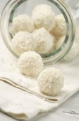 Coconut candies close-up — Stock Photo