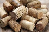 Assorted wine corks — ストック写真