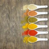 Spezie in polvere assortiti — Foto Stock